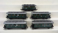 Fleischmann H0 - 5051/5065/66/67 - 5 passenger carriages of the DRG, including a postal and a luggage carriage