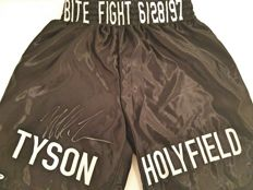 Mike Tyson - Hand-signed boxing shorts - Classic fight against Holyfield - PSA/DNA