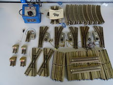 Märklin H0 - 103-piece set of tracks and switches, 800 series from before 1956