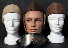 3x beautiful German Luftwaffe Flyer Cap D.R.P. - 1933-1945 including free IDEAL Goggles - WWII