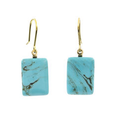 Yellow gold earrings with rectangular-shaped turquoise gemstones.