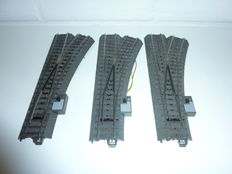 Märklin H0 - 24612/74470/74490 - 3 C-track electric switches right with switch lantern