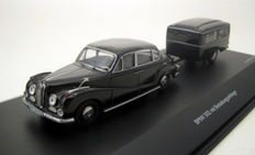 Schuco - Scale 1/43 - BMW 502 with funeral trailer