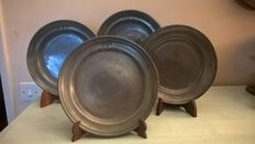 4 pewter plates and 1 pitcher - France - 19th century