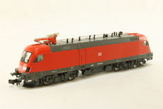 Hobbytrain N - 242880 - E-loc BR182 Taurus of the DB