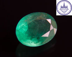 Emerald 1.81 ct. No reserve.