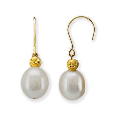 Yellow gold earrings with pear-shaped pearls