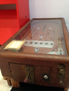 Old pinball machine - IDEAL BALL LA COUPE D'ARGENT
