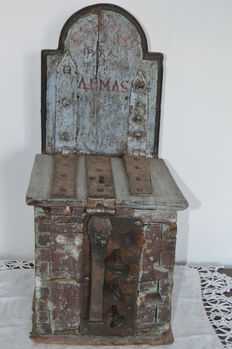Box of alms for the church souls - 18th century
