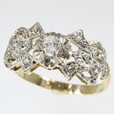 Decorative gold diamond ring from the fifties