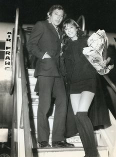 Unknown/Getty Archive - Serge Gainsbourg and Jane Birkin, Orly airport, 1969