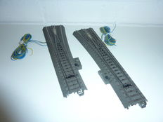 Märklin H0 - 24711/24712/74490 - 2 C-track slim electric switches left and right