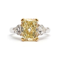 Graff – Ring with fancy yellow diamond – GIA certificate