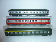 Roco H0 - 44610/44618/44625 - 3 Passenger carriages of the SNCF