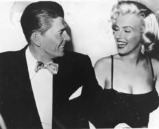 Unknown - Photofest - Marilyn Monroe & Ronald Reagan - 1953