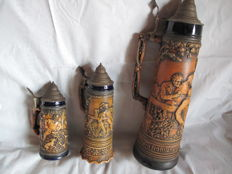 3 beer mugs, complete old Tavern and wild boar hunting scene and a love scene music box