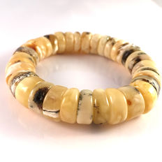 Baltic amber bracelet, white egg yolk colour doughnut shape natural beads, 100% natural Baltic amber: not pressed, modified or melted: 26,8 g