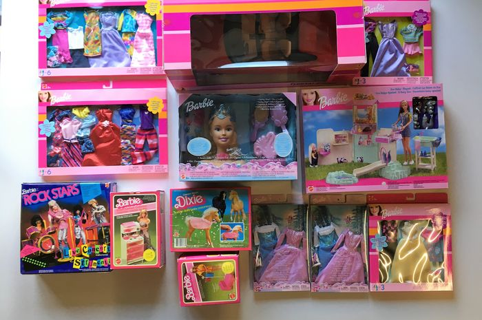 Barbie accessories large lot unopened boxes - Catawiki