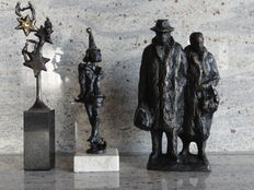 3 beautiful bronze-plated sculptures, Star team, Clown doctor, Couple