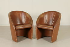 Unknown designer – Pair of armchairs.