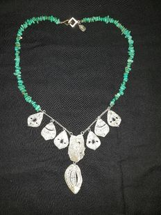 Designer Cristina Palacios - Long Tehuantepec necklace with turquoises - Embroidered with silver by hand and lost-wax smelting - Mexican silver collection