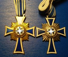 Cross of Honour of the German Mother in Gold and silver; Third Reich