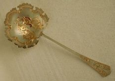 Sterling silver strawberry serving spoon, yellow and pink gold, Minerva's head hallmark, by Alphonse Debain