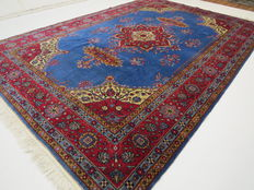 Dreamily beautiful Oriental carpet Tabriz/Romania, 378 x 243 cm, end of the 20th century. IN TOP CONDITION / LIKE NEW