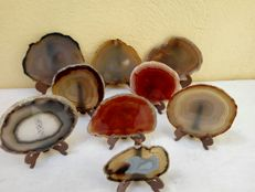 Interesting collection of natural Agate slices, with stands - 13.5 and 12.5cm - 1061 gm (9)
