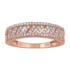new 0.33ct round and baguette diamond  ring set in 18kt pink gold. G/H colour and Pique clarity. Size O