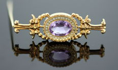 Victorian 15K gold brooch with Amethyst ( 3 CT ) and seed pearls ( 0.28 ct. total ), ca. 1880