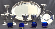 Collection of silver and silver plated objects, including egg cups and silver dish, such as Christofle, 20th century