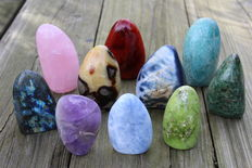 Nice collection of free-standing Mineral tumbles - 8.5 to 12cm - 4.29kg  (10)