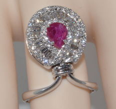 Gold ring set with 0.90 ct ruby and 76 2.8 ct diamonds *** Low reserve price