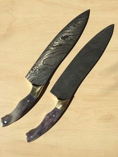 Two handmade Damascus Steel Chef Knife – Brass Bolsters & Colored Bone Handle