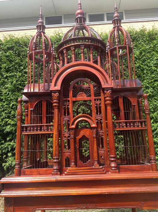 Gigantic mahogany model Taj Mahal - birdcage/masterpiece - placed on a table - 240 cm high: three masterpieces known in this size - 20th century