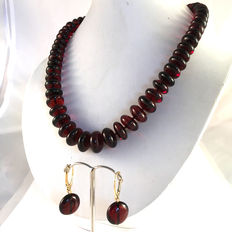 Dark cherry colour Baltic Amber  necklace and earrings, not modified, doughnut shaped beads, 47.5 grams