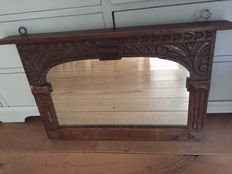 Mirror in oak, heavy and hand-carved frame, early 20th century.