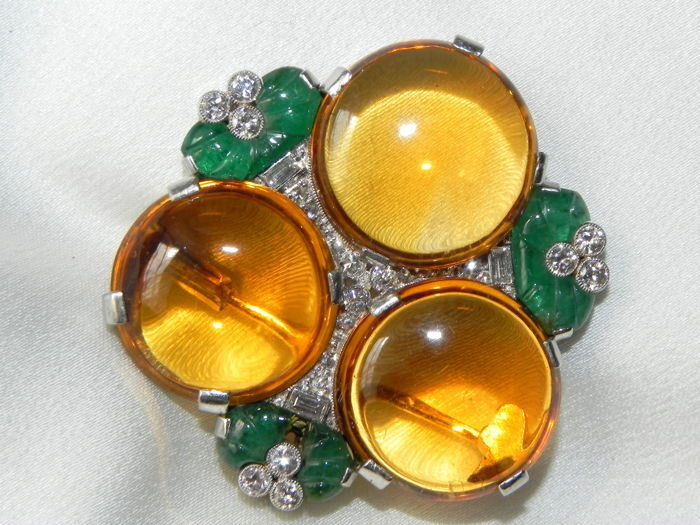 Art Deco citrine emerald antique pendant brooch with 24 brilliants in 14 kt - 585 gold