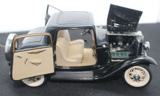 Franklin Mint - 1932 Ford Deuce Coupe black 1:24 scale
