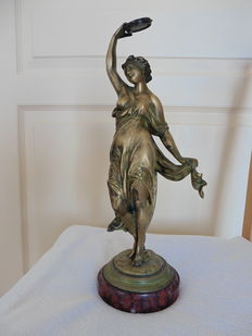 After Albert-Ernest Carrier-Belleuse - Bronze sculpture of a dancer with a tambourine - France - early 20th century
