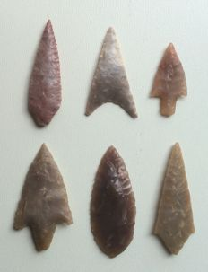 Neolithic Flint and Jasper Points - 33/52 mm (6)