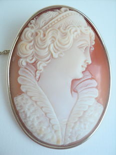 Old 9K Gold Shell Cameo 52 x 35mm