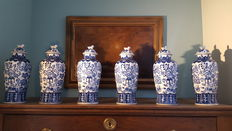 Group of 6 Maastricht - Delft vase - Netherlands