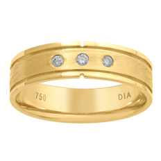 No reserve price, brand new 18kt yellow gold eternity ring with 3 round diamonds. 0.06ct total weight, H/I colour and SI clarity. US Size 9.5/19.4mm (free resizing in Antwerp)