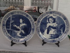 "Two large plates Delft Blue Hand work ""Chemkefa"", Made in Holland."