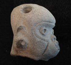 Pre-Columbian pottery head of a monkey warrior with helmet - 5 cm
