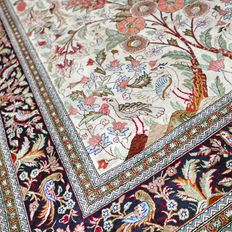 Collector's item: incredible bird paradise, Persian Ghom carpet – 148 x 103 – 1,000,000 kn/m² – with certificate