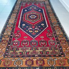 Unique Anatol YahYali Persian carpet – 227 x 115 – with certificate