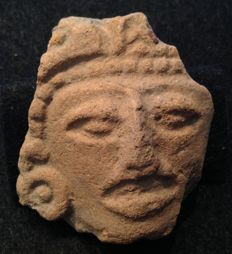 Pre-Columbian pottery head of a dignitary with earspool - Veracruz culture Mexico - 7 cm
